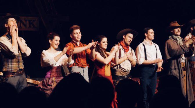 Saloon du Cirque Eloize : audace musclée au Far West ! @ 13ème Art